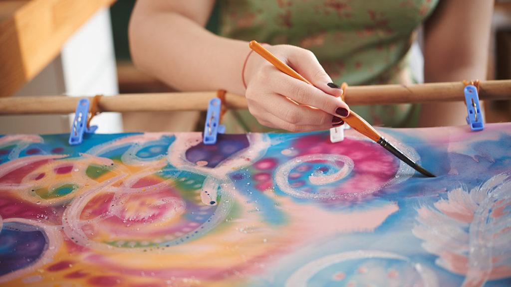 Naučte se malovat - Malování na hedvábí